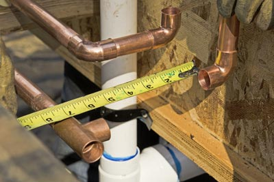 Installation of hot and cold pressure water pipes and pipe fittings