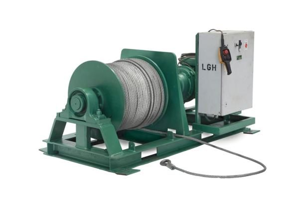 Lifting and moving a complex load using a winch
